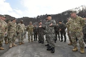 Chairman and Commander Visit Combined Division 대표 이미지
